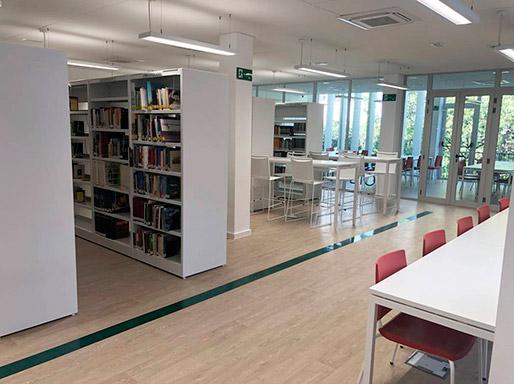 sillas_polivalentes_splash_y_atenea_de_dile_en_biblioteca_alhora