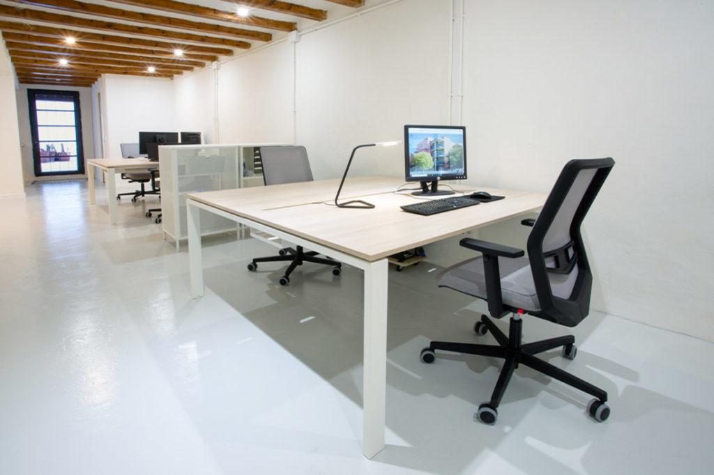 Silla Operativa Equis de Dile en despacho arquitectura
